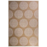 "Roksana Medallion Tan/ Beige Area Rug (5' X 7'6"")"