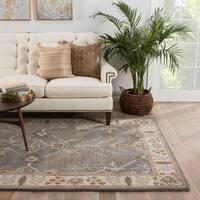 Maison Rouge Thomas Handmade Floral Grey/ Beige Area Rug - 5' x 8'