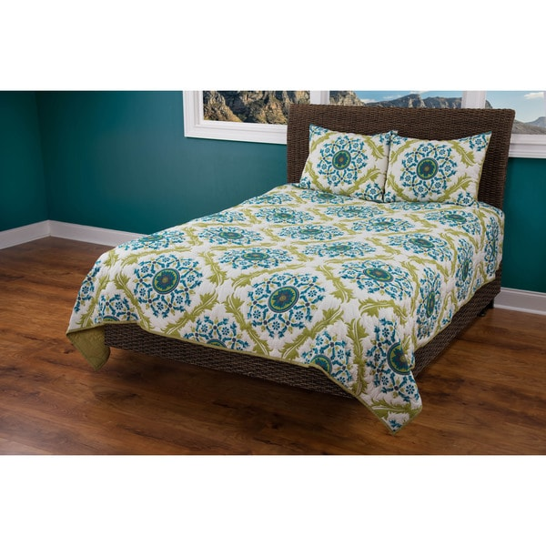 Rizzy Home Madeline Marie Quilt