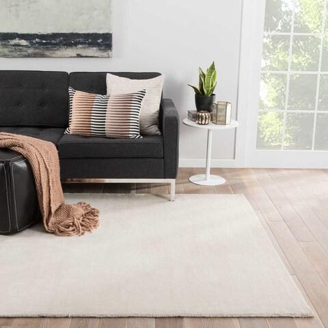 "Admont Handmade Solid Cream Area Rug (8' X 10') - 7'10""x9'10"""