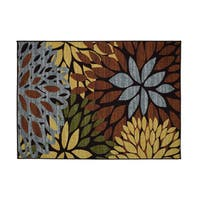 Cleopatra Floral Area Rug (4'11 x 6'11)