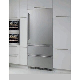 Liebherr HCB 1560 Fully Integrated Refrigerator Freezerwith Biofresh (Right Hand hinge)