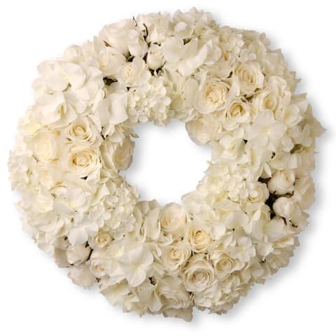 "18"" Wreath with Mixed Roses & Hydrangea"