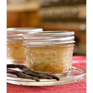 My Momma's Kitchen French Vanilla Cake in a Jar with Vanilla Bean Buttercream (Set of 4)