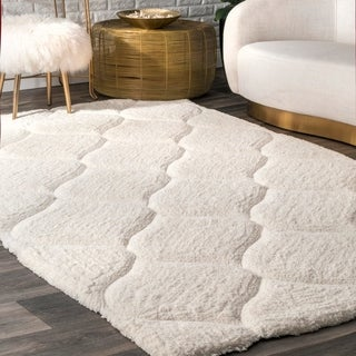 nuLOOM Handmade Trellis Soft and Plush Solid White Shag Rug (4' x 6')
