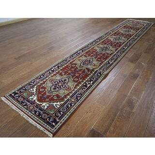 H9369 Red Wool Serapi Oriental Hand-knotted Rug (3' x 14')