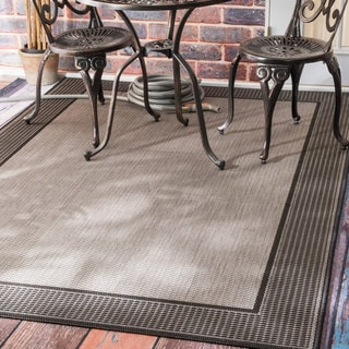nuLOOM Two-Tone Border Indoor/ Outdoor Grey Porch Rug (8'6 x 13')