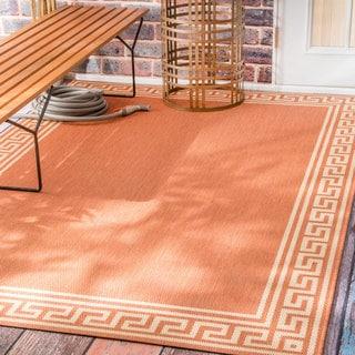 nuLOOM Indoor/ Outdoor Greek Key Taupe Brick Rug (6'3 x 9'2)