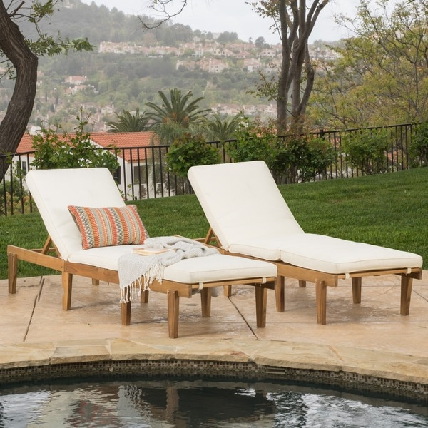 Ariana outdoor acacia wood chaise lounge with cushion set for Acacia wood chaise lounge