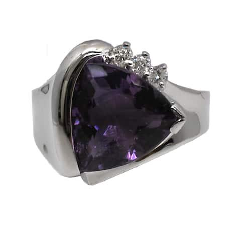 Kabella 14k Gold Trillion Amethyst 1/8ct TDW Diamond Ring (G-H, SI2-SI3)