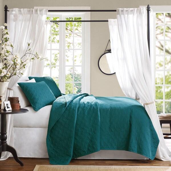 Hampton Hill Bennett Place Velvet Touch Peacock Color Coverlet Set