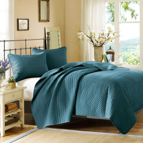 Hampton Hill Bennett Place Velvet Touch Peacock Coverlet Set