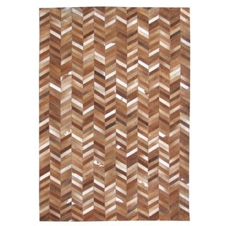Hand-stitched Chevron Tan Brown Cow Hide Leather Rug (5' x 8')