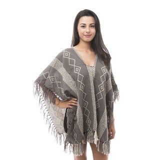 Soho Apparel Women's Diamond Native Hippie Poncho