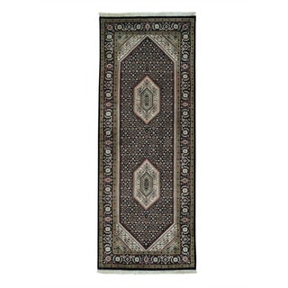 Bidjar Mahi Wool and Silk Hand-knotted Oriental Runner Rug (2'7 x 6'9)