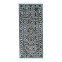 Wool and Silk Tabriz Mahi Hand-knotted Oriental Runner Rug (2'8 x 6')