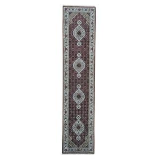 Tabriz Mahi 250 KPSI Wool and Silk Hand-knotted Runner Rug (2'8 x 12')