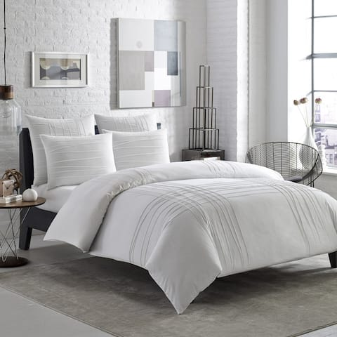 Carbon Loft Gramme Variegated Pleats 3-piece Duvet Cover Set