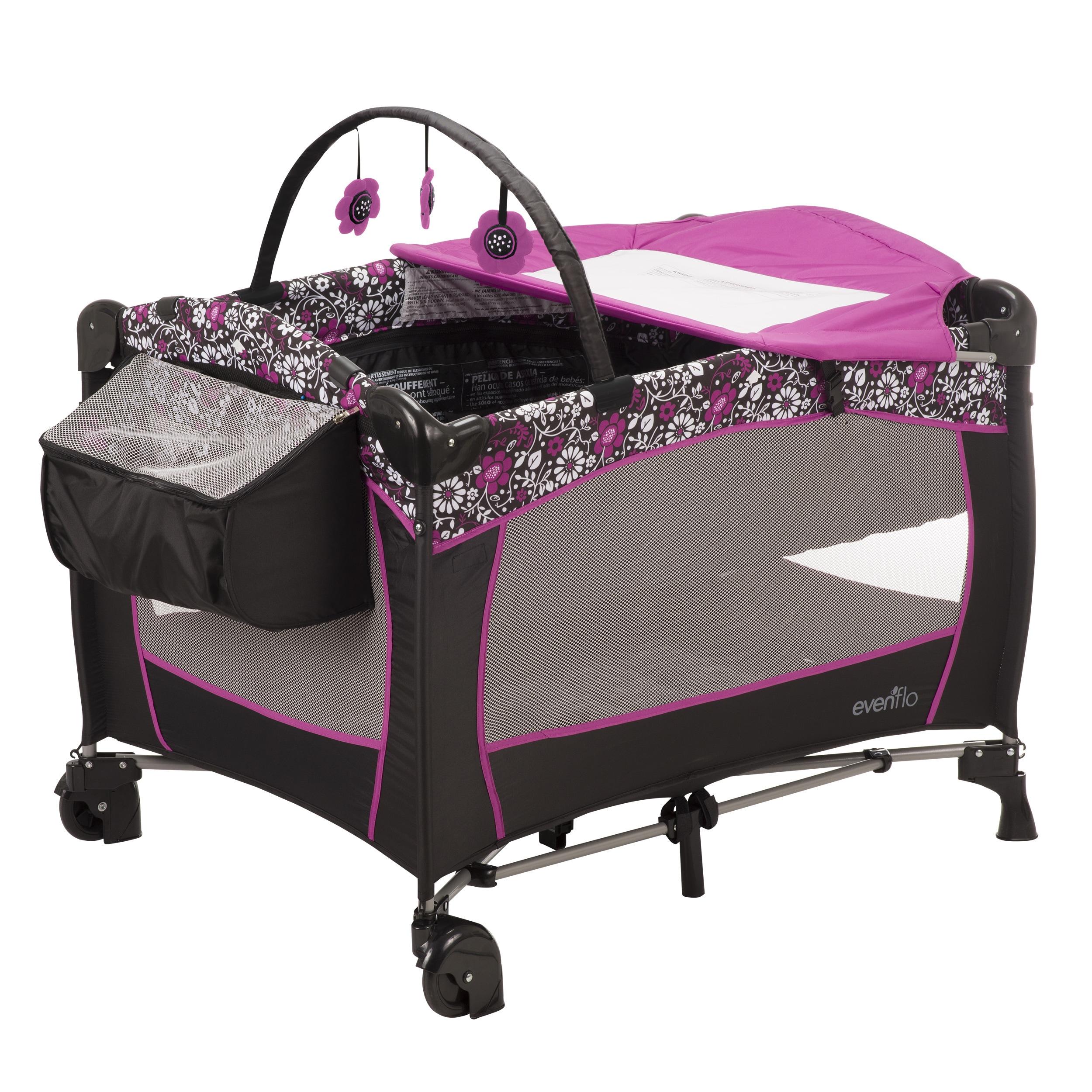 Evenflo Portable BabySuite Deluxe in Daphne (Daphne), Pink