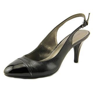 Bandolino Women's 'Nekesh' Faux Leather Dress Shoes