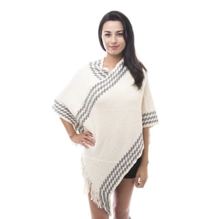 Soho Apparel Women's Diamond Knit Wrap Poncho