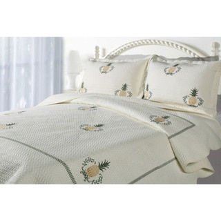 Casual Living Embroidered Pineapple 3-piece Quilt Set