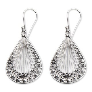 Handcrafted Sterling Silver 'Peacock Feather' Earrings (Indonesia)