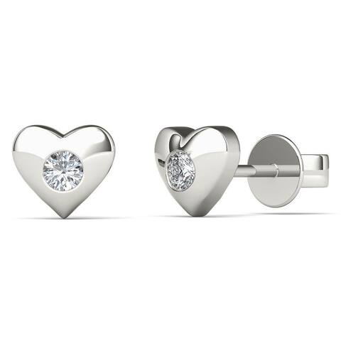 AALILLY 10K White Gold 1/8ct TDW Diamond Heart Stud Earrings (H-I, I1-I2)