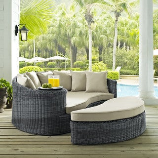 invite outdoor patio daybed