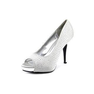 Rampage Women's 'Gimme' Fabric Dress Shoes