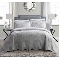 VCNY Westland Quilted Plush 3-piece Bedspread Set Queen Size in Grey(As Is Item)