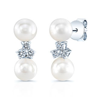 14k White Gold Cultured Akoya Pearl 1/5ct TDW Diamond Earrings (H-I, VS1-VS2) (6-6.5mm)