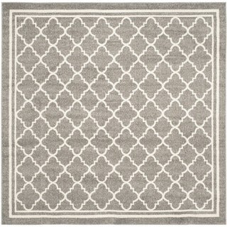 Safavieh Indoor/ Outdoor Amherst Dark Grey/ Beige Rug (9' x 9' Square)