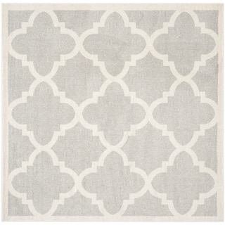 Safavieh Indoor/ Outdoor Amherst Light Grey/ Beige Rug (9' x 9' Square)