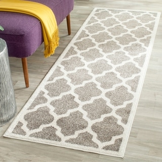 Safavieh Indoor/ Outdoor Amherst Dark Grey/ Beige Rug (2' 3 x 13')