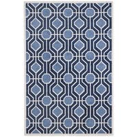 Safavieh Indoor/ Outdoor Amherst Light Blue/ Navy Rug - 5' x 8'