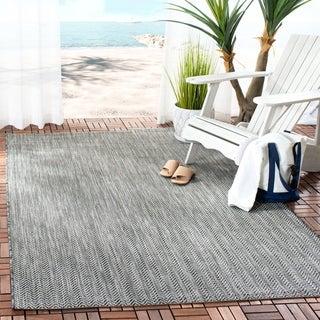 Safavieh Indoor/ Outdoor Courtyard Black/ Beige Rug (5' 3 x 7' 7)