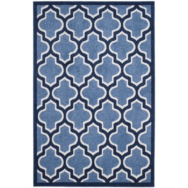 Safavieh Indoor/ Outdoor Amherst Light Blue/ Navy Rug - 8' x 10'