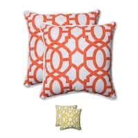 Pillow Perfect Outdoor/ Indoor Nunu Geo 18.5-inch Throw Pillow (Set of 2)