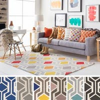 Pass Hand-Tufted Retro Geometric Wool Rug - 7'6 x 9'6