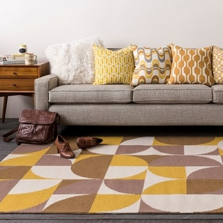 Table-Tufted Vaci Polyester Rug (8' x 11')