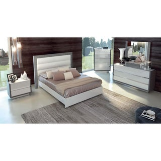 Luca Home White/ Silver Queen Bedroom Set