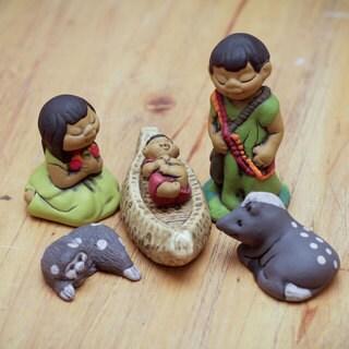 Handmade Set of 6 Ceramic 'An Ashaninka Christmas' Nativity Scene (Peru)