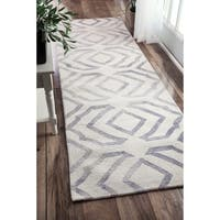 Strick & Bolton Nat Contemporary Handmade Abstract Wool Grey Area Rug - 2'6 x 8'