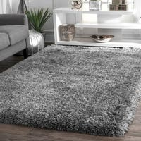 nuLOOM Handmade Soft and Plush Solid Grey Shag Rug (4' x 6') - 4' x 6'