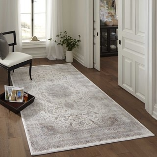 Machine-made Antiquity Elegant Medallion Ivory Rayon from Bamboo Rug (2'6 x 7'10)