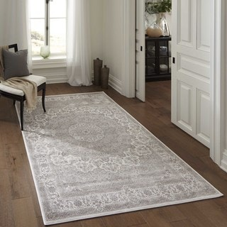 Machine Made Antiquity Ornate Medallion Ivory Rayon from Bamboo Rug (2'6' x 7'10)