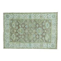 Hand-knotted Pure Wool Washed Out Oushak Oriental Rug (6' x 8'10)