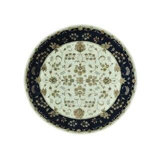 Round Rajasthan Floral Wool and Silk Handmade Rug (8'10 x 9')