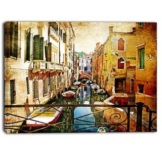 Designart - Amazing Venice - Cityscape Canvas Art Print